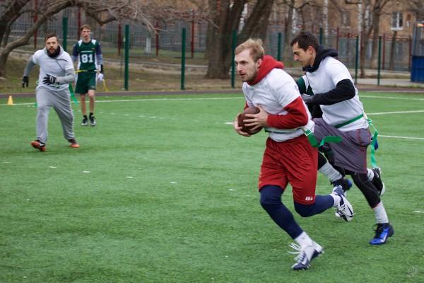 Marvel defender VIctor But intercepts the ball