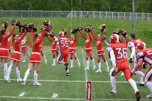 Yaroslavl Rebels team entering the field