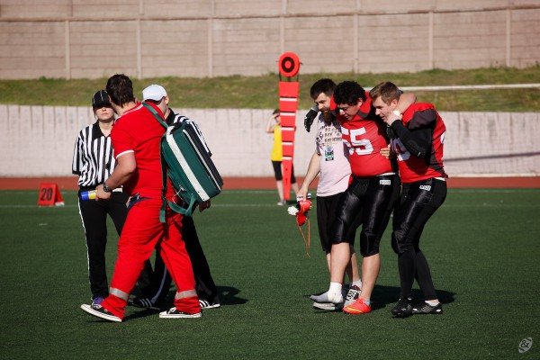 Moscow Dragons linebacker Lengo Kaziev injured during the game