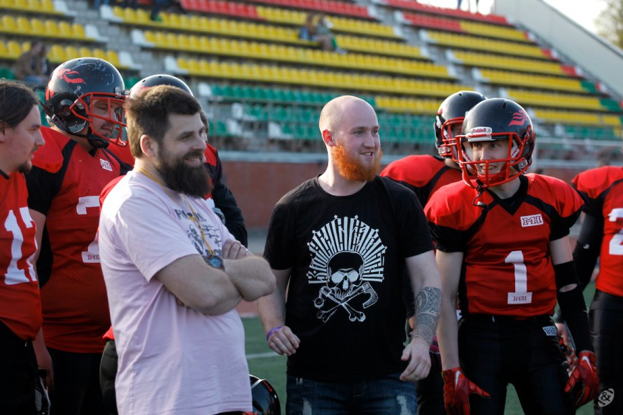 Moscow Dragons team on the sideline