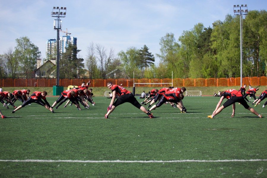 American football team Moscow Dragons on the pre-match warm-up