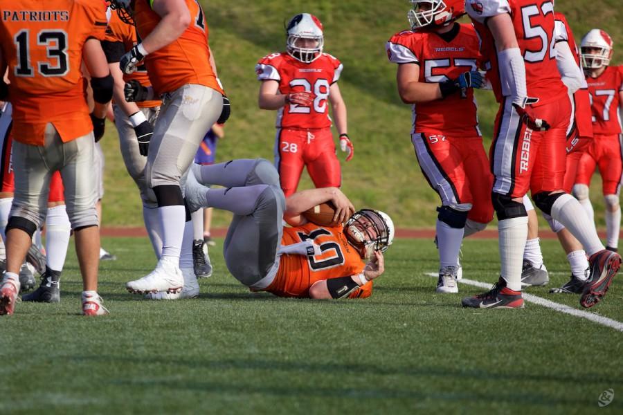 Patriots QB Igor Chernlutsky (#10) making a rush