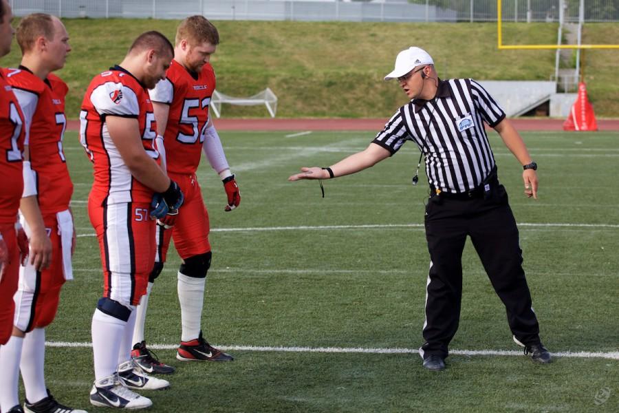 Ivan Smirnov doing the coin toss