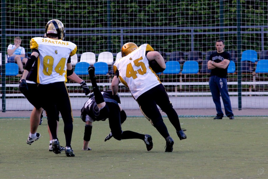 Spartans runningback Denis Pronkin (#45) on his way to touchdown