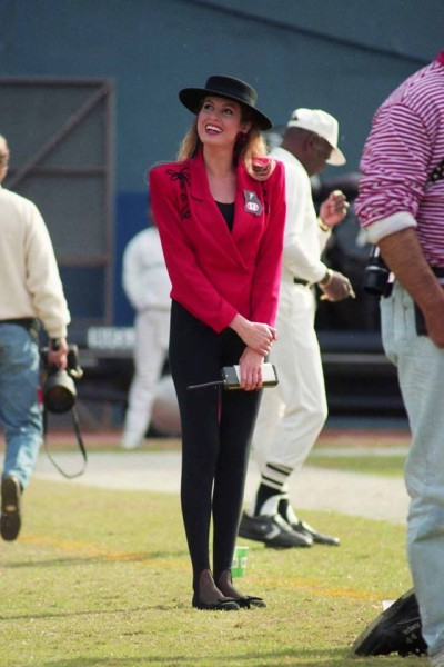 On-the-Falcons-sidelines-as-the-Cheerleader-Director-and-Choreographer-Late-80s.3