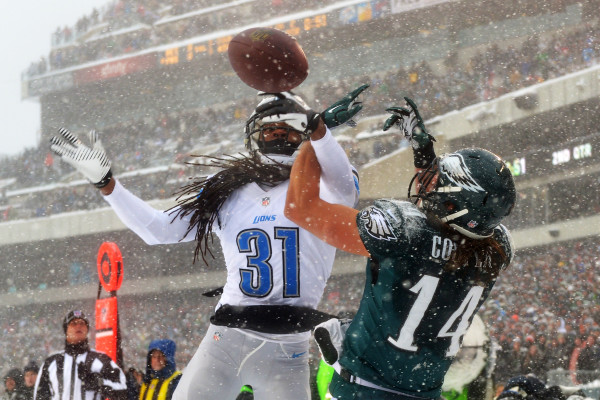 PHILADELPHIA, PA - DECEMBER 08: Rashean Mathis #31 of the Detroit Lions breaks up a pass intended for Riley Cooper #14 of the Philadelphia Eagles at Lincoln Financial Field on December 8, 2013 in Philadelphia, Pennsylvania. The Eagles won 34-20. (Photo by Drew Hallowell/Philadelphia Eagles/Getty Images)