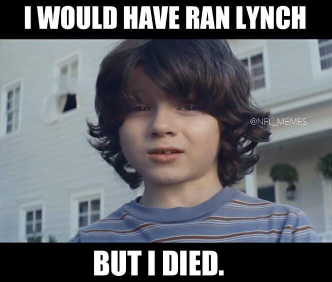 Superbowl_boy meme