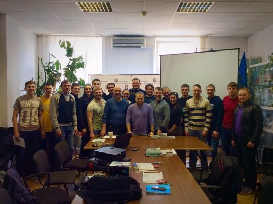 Представители украинских клубов на судейском семинаре с Дмитрием Хайтовским. Фото: официальный сайт УЛАФ