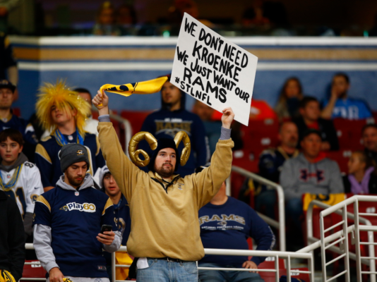 st-louis-blues-fans-chant-stan-kroenke-sucks-in-first-game-since-nfl-voted-to-move-rams