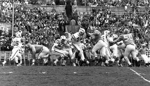 1960-afl-championship-game-520-jpg__600x0_q85_upscale