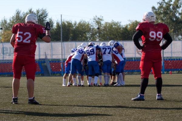 "Матч плей-офф ЧР-2015. ""Витязь"" - ""Титаны"". Фото: Евгений Дубовик (First & Goal)"