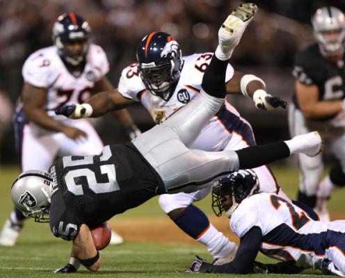 Denver+Broncos+v+Oakland+Raiders+_1JJy_hFQp1l