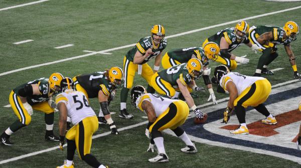 Pittsburgh Steelers vs Green Bay Packers in Super Bowl XLV